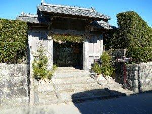 知覧町武家屋敷の門松